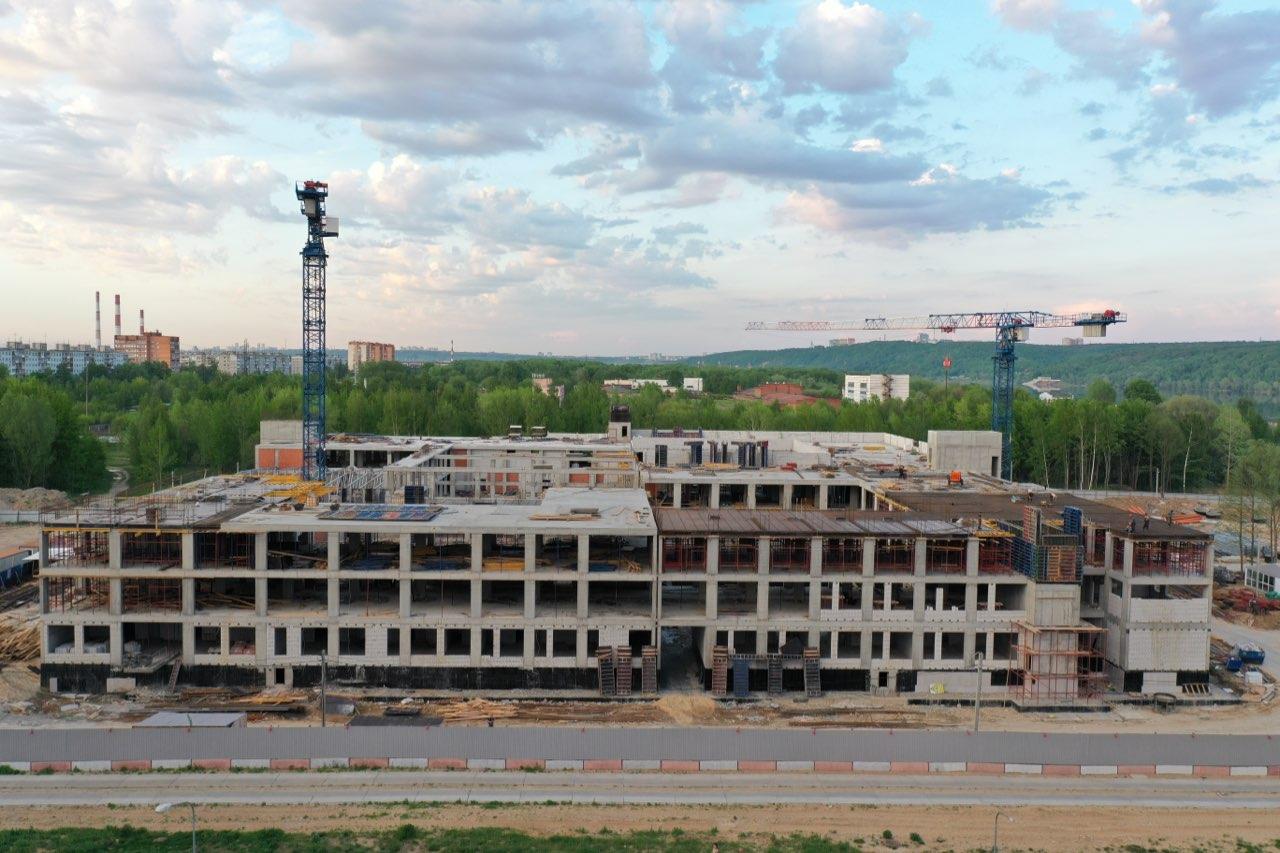 «Школу-800» в Нижнем Новгороде достроят к новому году - фото 1